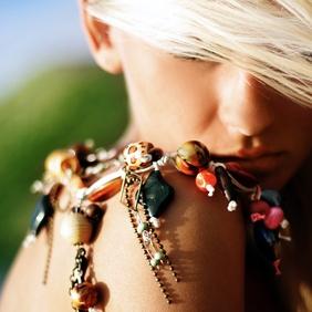 Les bijoux hippie chic