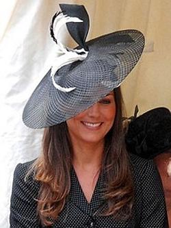kate et ses chapeaux
