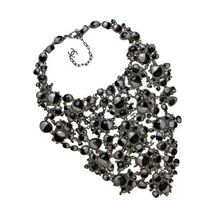 Magnifique ce collier plastron
