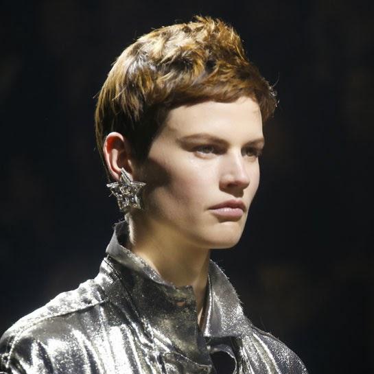 Boucle d'oreilles Lanvin avec des cristaux de Swarovski