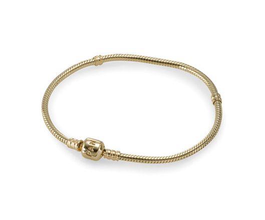 Bracelet en or, qui fait faiblir notre carte bleue, mais super joli non ?