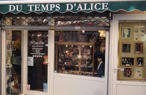 Un magasin de bijoux anciens à Argeles (66)