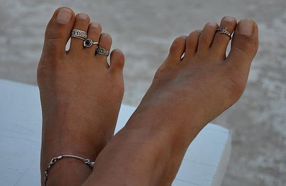 En mode accumulation avec des bagues à plusieurs doigts de pied.