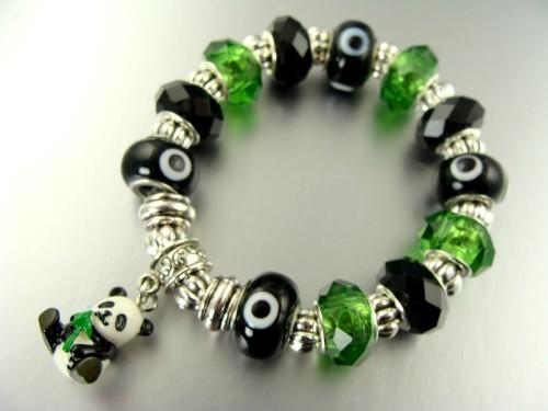 Un bracelet panda sympa